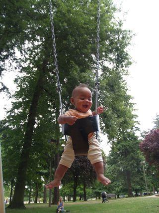 August 2009, week one - Wilshire Park Swings (14)
